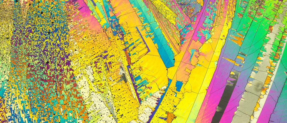 Сера под микроскопом