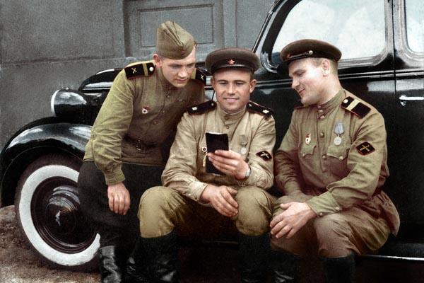 Ожившие фотографии СССР во время Второй мировой войны