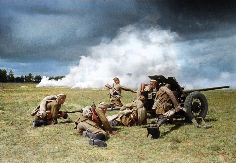 Бой под прикрытием дымовой завесы, 1942 год