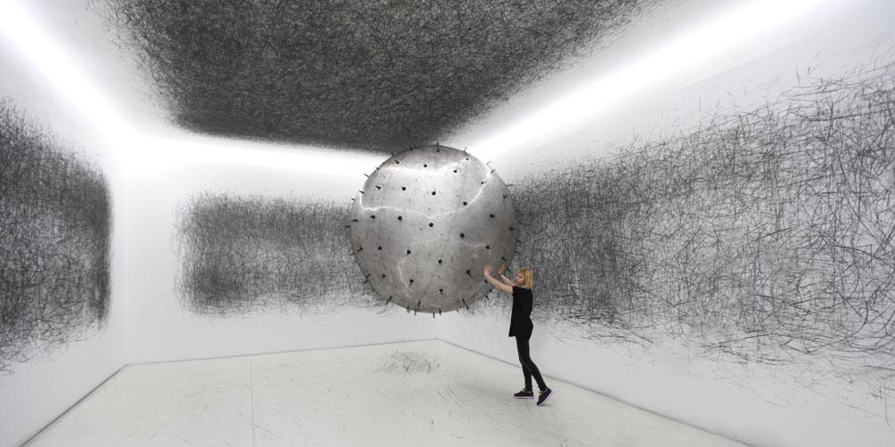 ADA: интерактивная скульптура Карины Смигла-Бобински