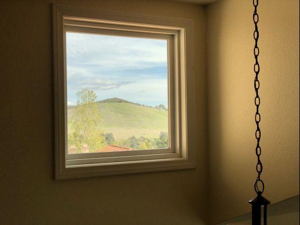 Окно, смахивающее на светящуюся картину