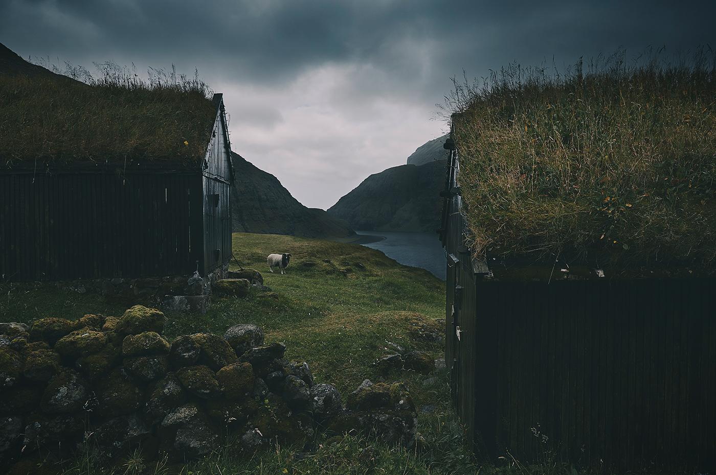Меланхоличная атмосфера Фарерских островов в фотографиях Марко Валмори
