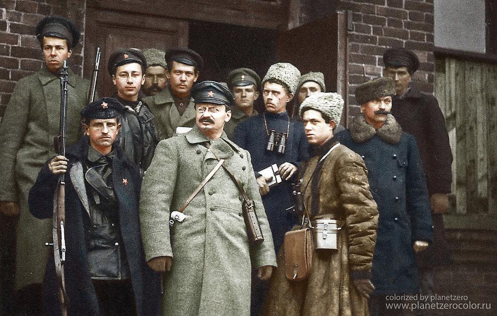 Революционный деятель Лев Троцкий