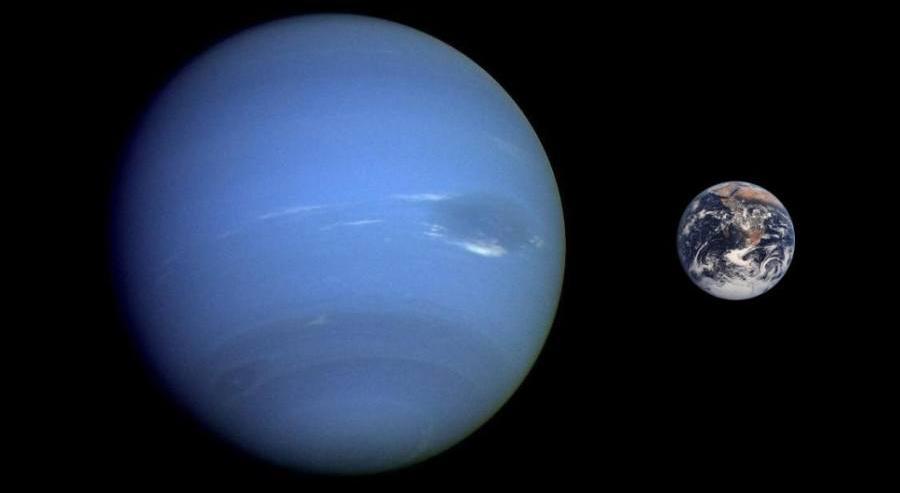 Наглядное сравнение размеров Нептуна и Земли