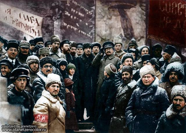 Ленин на праздновании годовщины революции, Москва, 1919 год