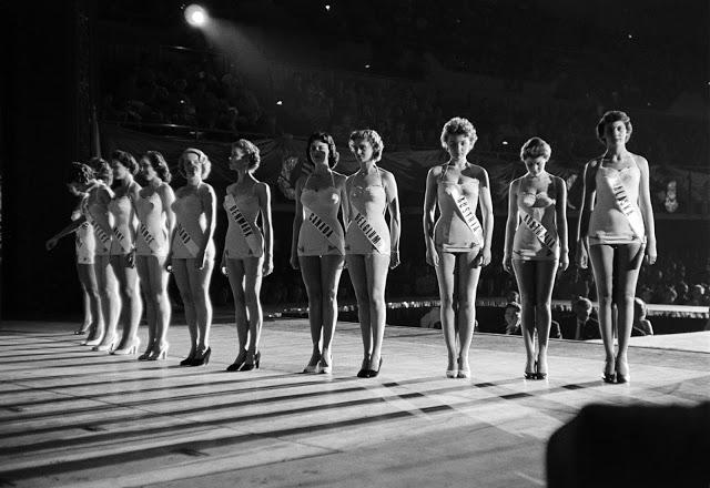Участницы конкурса «Мисс Вселенная», 1953 год