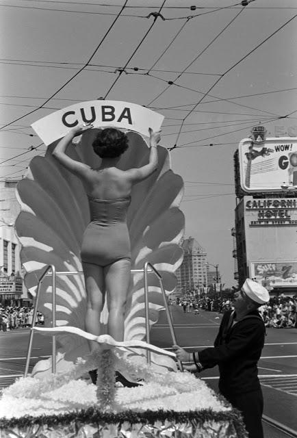 Мисс Куба на параде, 1954 год