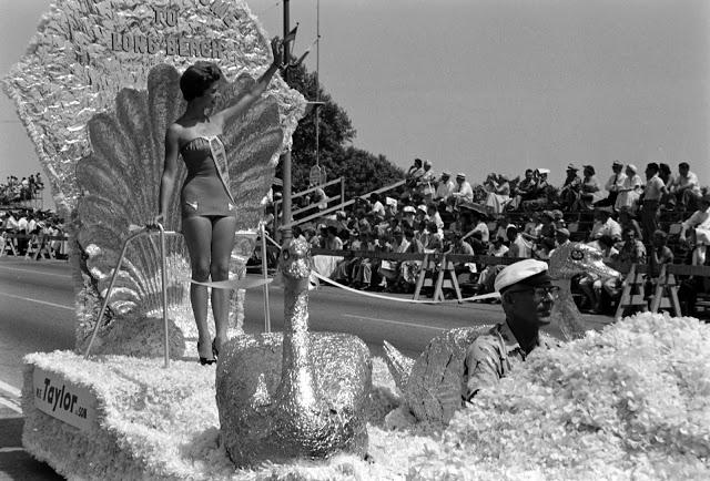 Парад «Мисс Вселенная», 1954 год