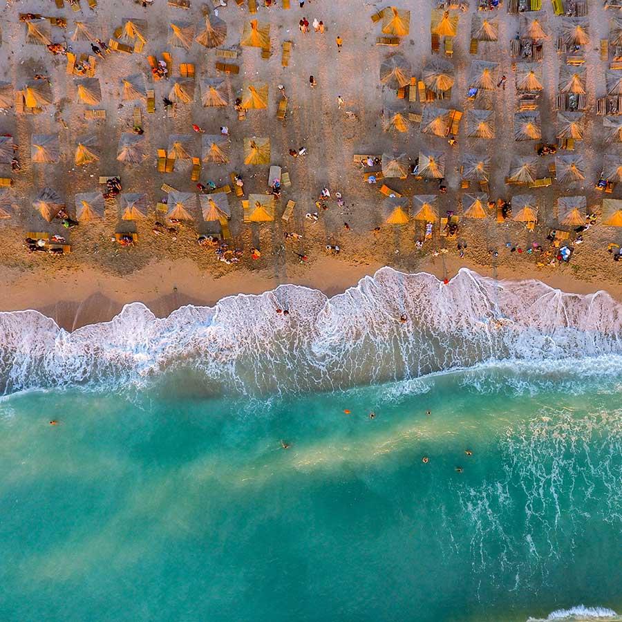 Победитель в категории«люди и вода» конкурса «Охрана природы 2018». ФотографGeorge Bufan, Румыния