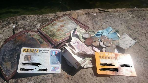 «Мой папа нашёл свой старый кошелёк в рыболовной сетке, которую он оборонил в озеро 20 лет назад»