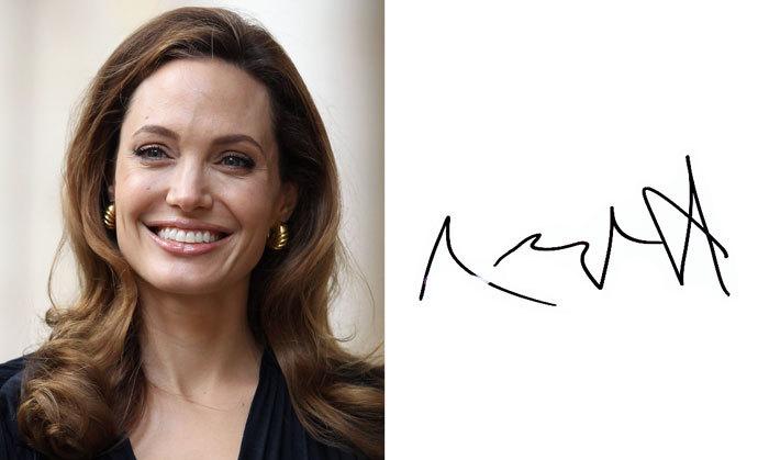 Анджелина Джоли и её подпись