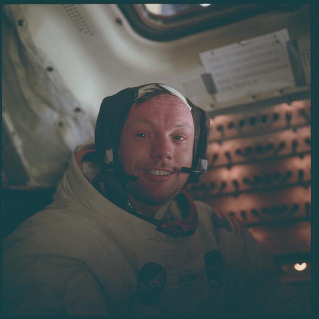 Аполлон-11: Нил Армстронг вскоре после того, как он сделал первые шаги на Луне. 1969 год