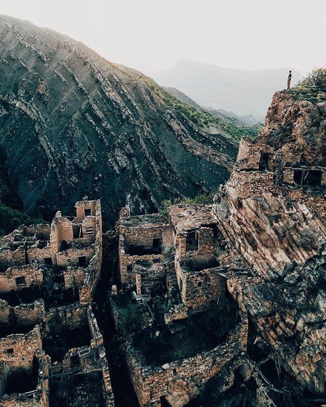 Заброшенное селоГамсутль, Дагестан