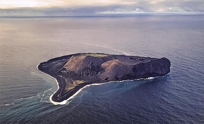 Сюртсей - самый молодой остров, которого не существовало до 1963 года