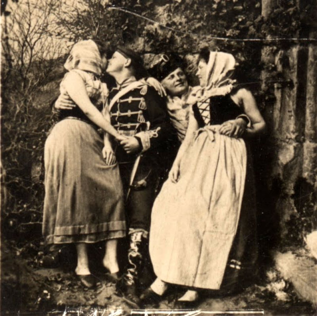 Винтажные фотографии непослушных дам Эдвардианской эпохи