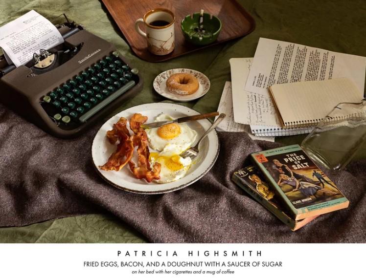 Писательница Патриция Хайсмит. Яичница, жареный бекон и пончик с сахарной пудрой