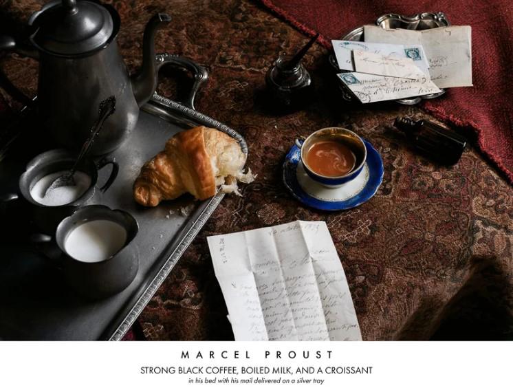 Писатель Марсель Пруст. Крепкий чёрный кофе, молоко и круассан