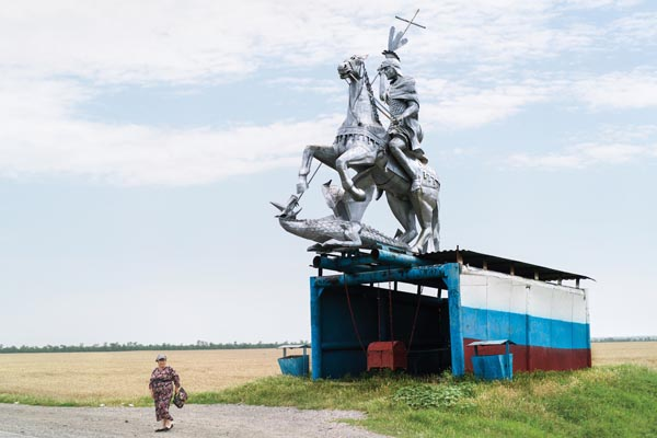 Буйная архитектура советских автобусных остановок