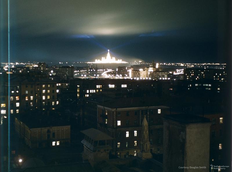 Недавно построенное здание Московского университета