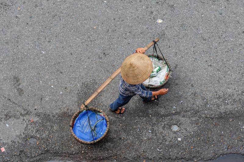 Взгляд на уличных торговцев, играющих важную роль во вьетнамской культуре