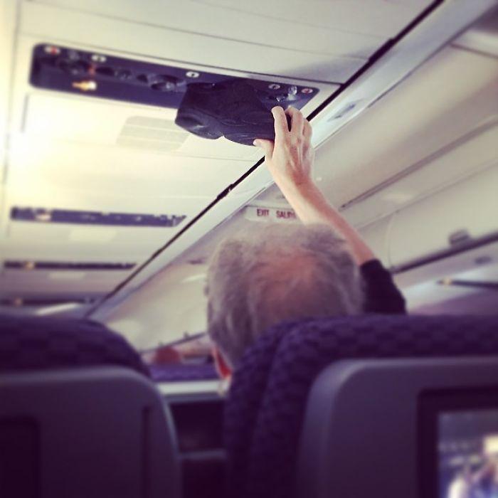 20 авиапассажиров, сошедших из самых преисподней