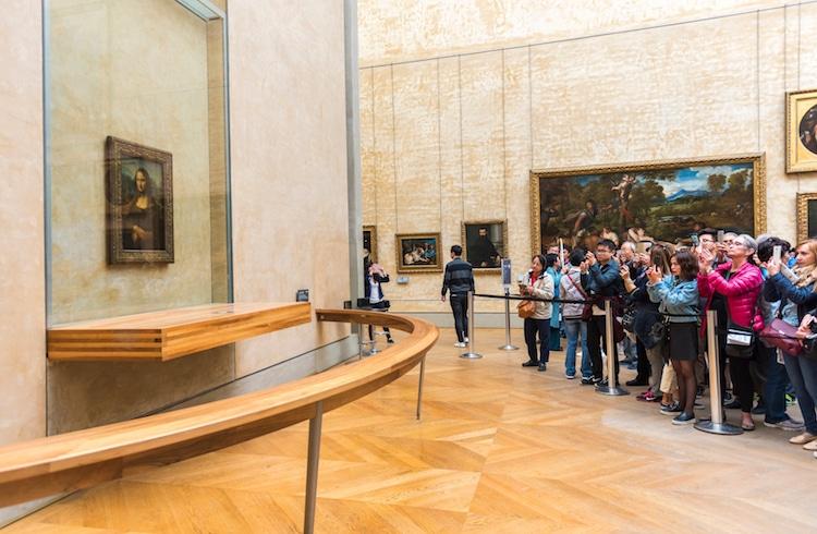 «Мона Лиза» Леонардо да Винчи: Лувр, Париж