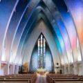 Фотограф показал красоту и разнообразие современных интерьеров церквей
