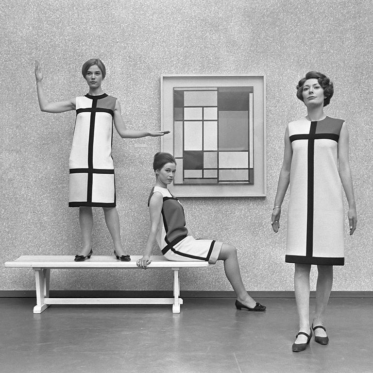 Коллекция Ив Сен Лорана 1966 года, вдохновлённая работами Мондриана