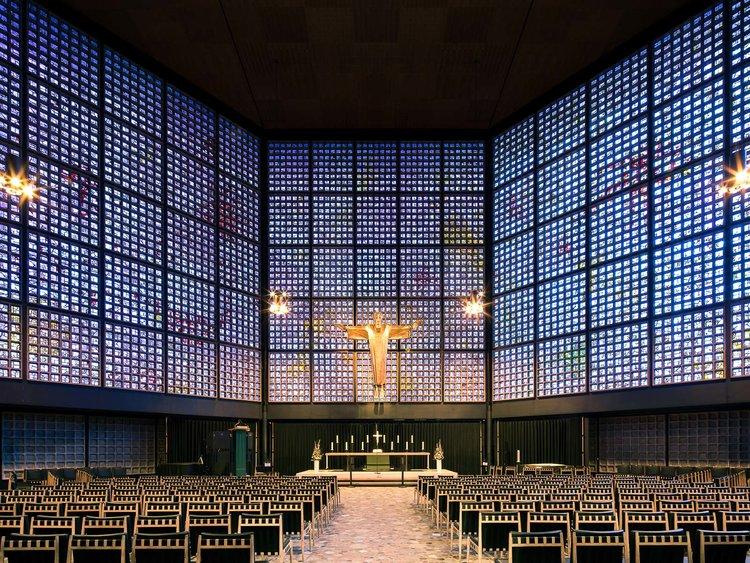 Мемориальная церковь кайзера Вильгельма в Берлине, Германия