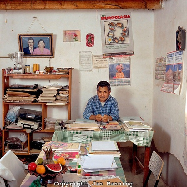 Сотрудник ЗАГСа, Боливия
