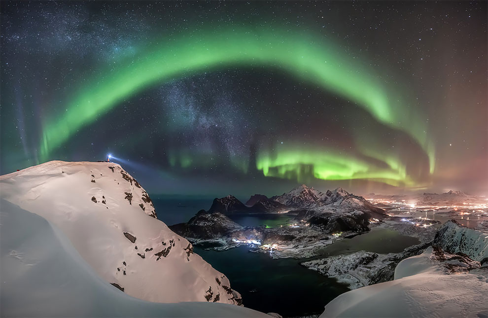 1-е место в номинации «Северное сияние». Фотограф Nicolai Brügger
