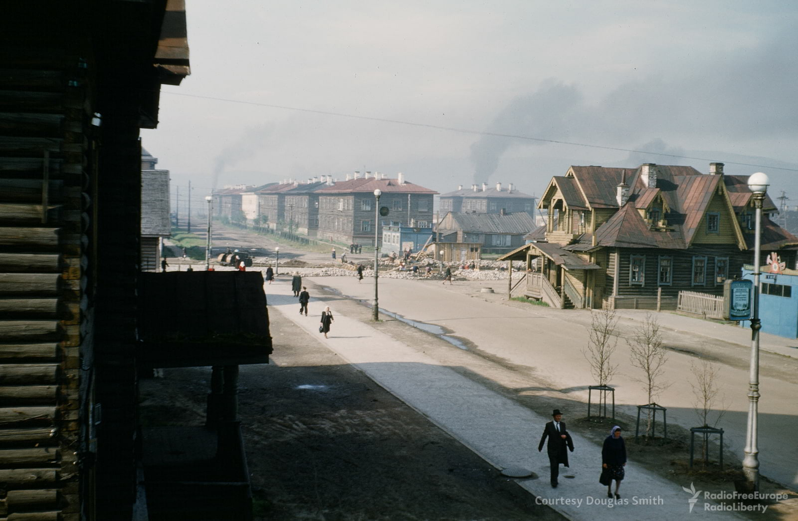 Ленинградская улица в Мурманске