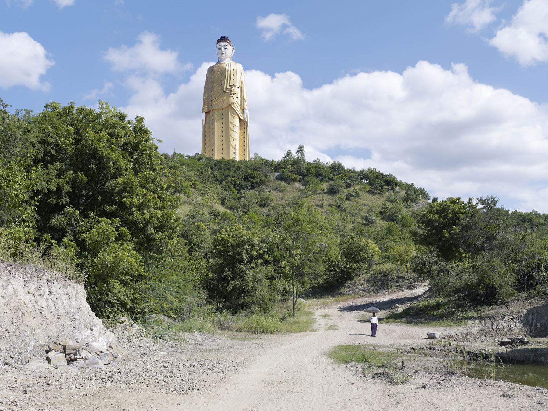 Лечжун-Сасачжа в Мьянме. Высота статуи 116 метров
