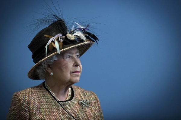 34 удивительные вещи, которыми владеет королева Елизавета II