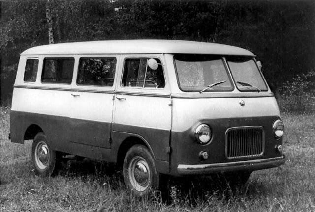 1957 г. МЗМА Москвич А9 (8-местный фургон)