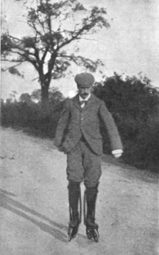 Джордж А. Бест на коньках Риттер