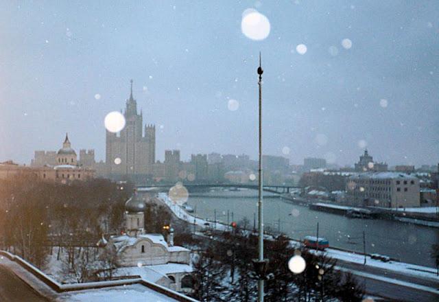 Москва, полуночный вид из гостиницы «Россия»