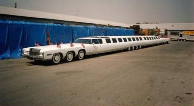 Американская мечта: самый длинный в мире лимузин с джакузи и вертолётной площадкой