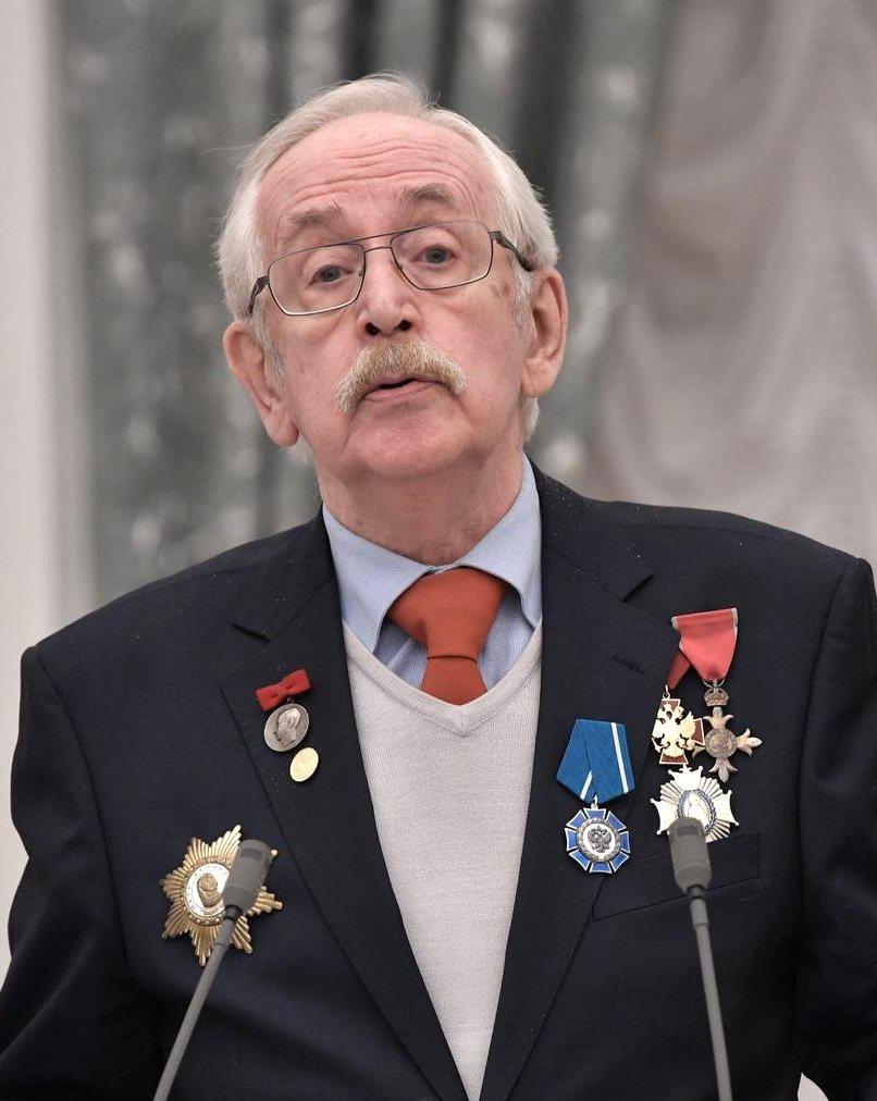 Василий Ливанов на церемонии вручения государственных наград в Кремле, 26 января 2017 года
