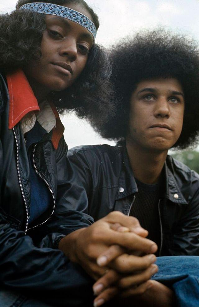 Молодая пара в Гарлеме