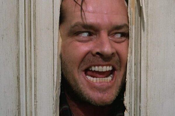 Как Джек Николсон готовился к знаменитой сцене с топором в фильме «Сияние»
