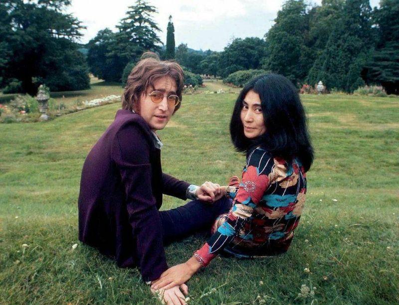 Джон Леннон и Йоко Оно в 1971 году