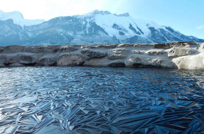 Что случается, когда вода становится действительно холодной