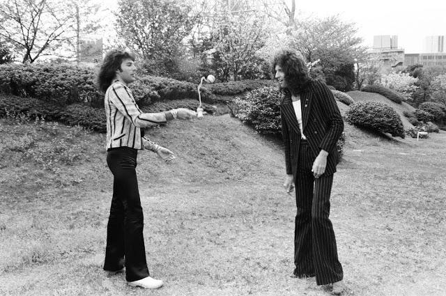Queen во время тура по Японии, 20 апреля 1975 года