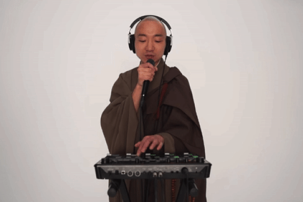 Музыка для медитации от буддийского монаха-битбоксера