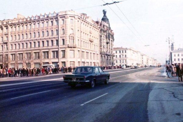 50 увлекательных фотографий Советского Союза в начале 1980-х
