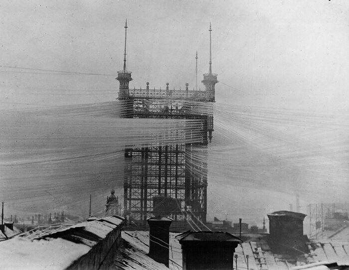 Старая телефонная башня «Telefontornet» в Стокгольме