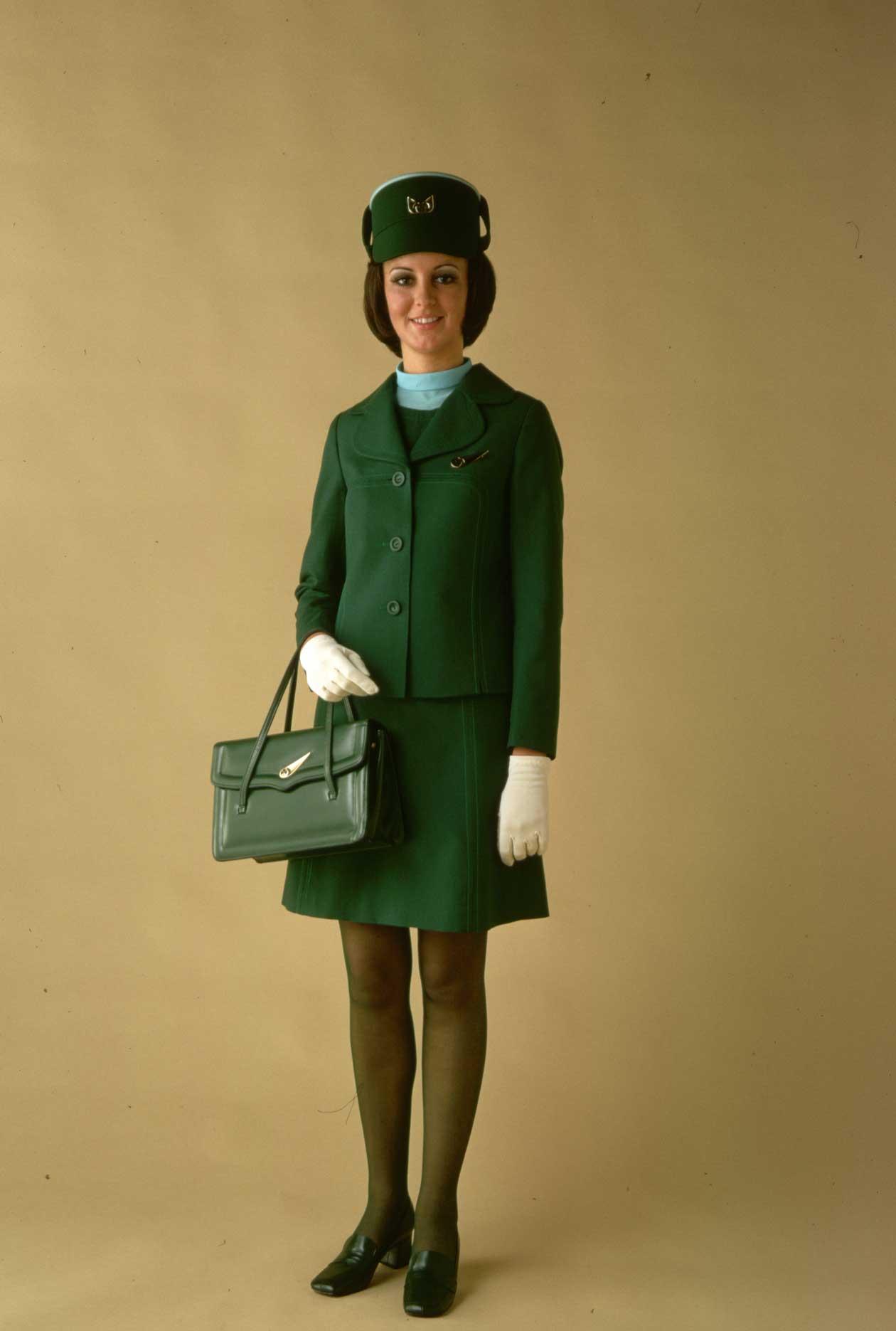 Униформа стюардесс Aer Lingus