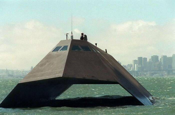 Sea Shadow («Морская тень») — опытовое судно-невидимка