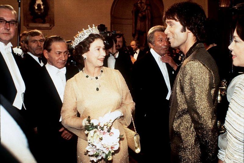 Королева Елизавета II и Клифф Ричард, 1981 год